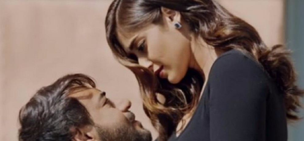 ajay devgn and ileana dcruzs upcoming film raids release date changed