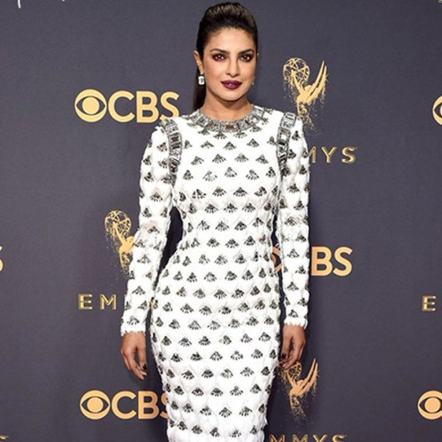 Twitter user is confused over Priyanka Chopra Emmy award 2017 look