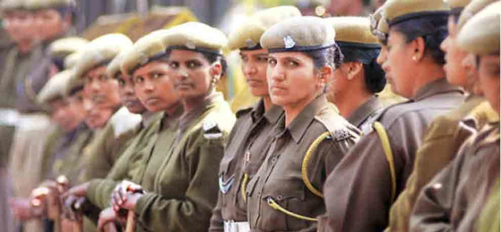 govt job up police recruitment for 12th passed 35000 salary