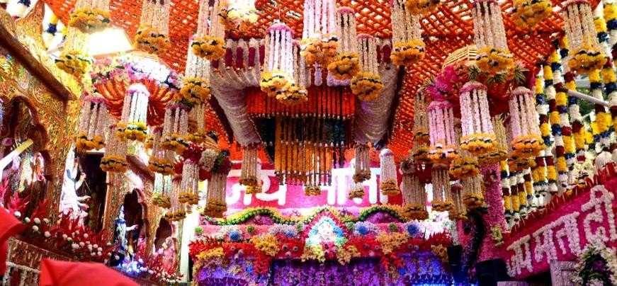See pictures in the Navaratri of Mata Vaishno Devi's temple katra