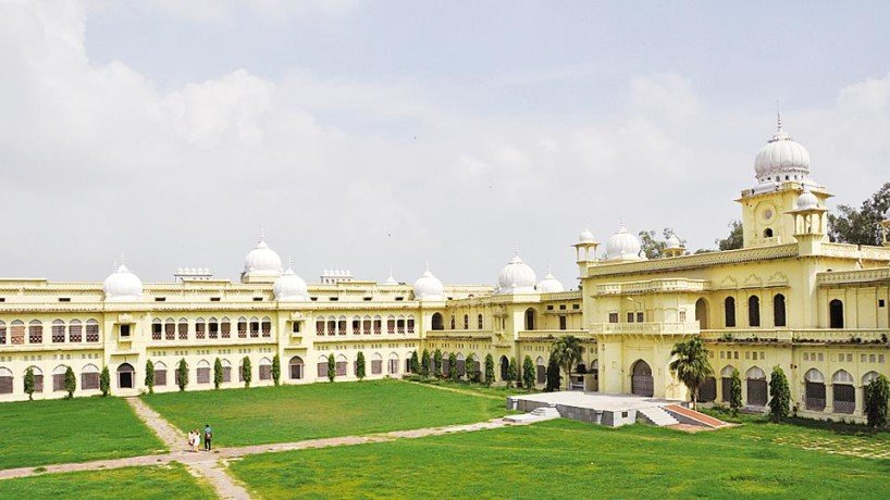 lucknow university exams will be completed in one month