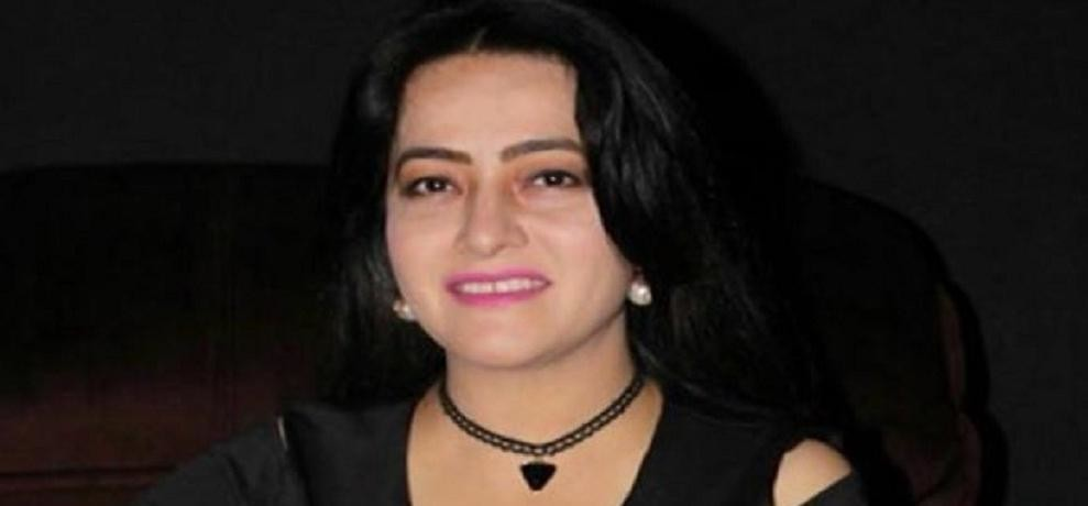 court issued arrest warrant to honeypreet