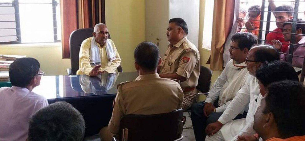 Ballia BJP MLA sit on inspector chair in police station