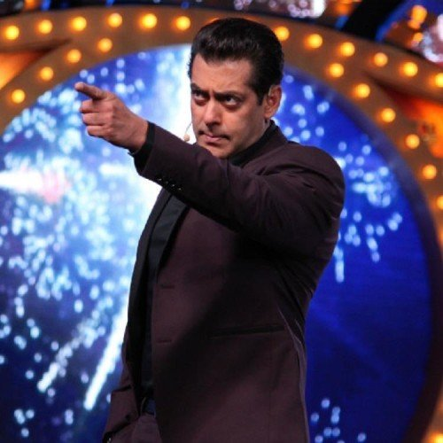photo leaked from the set of bigg boss 11 getting viral over social media