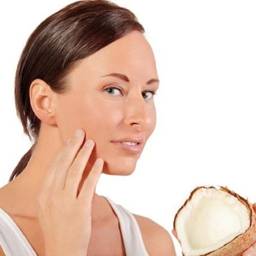 You must not aware of these 5 magical benefits of applying cocunut oil on your face