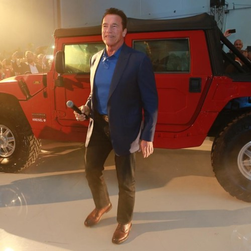 World First Electric Hummer H1 Unveils Specially for Arnold Schwarzenegger