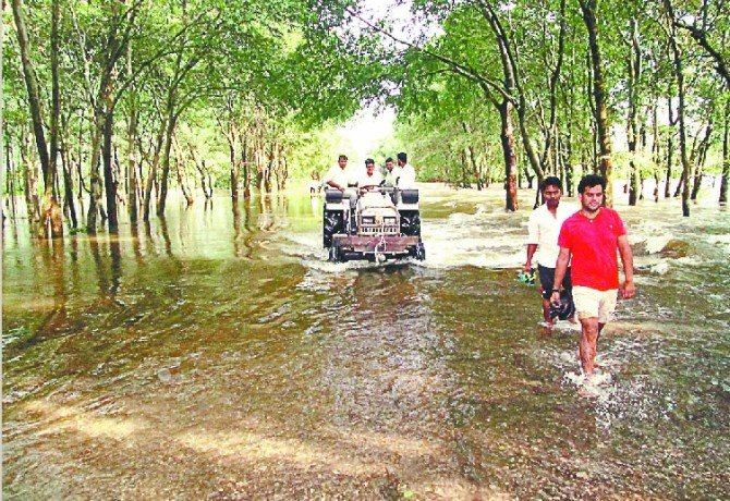 Water level of Solani river increased