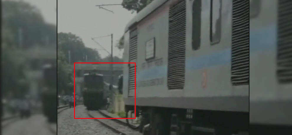 Major accident averted after Duronto, Hatia Anand Vihar and Mahabodhi Express were on same track