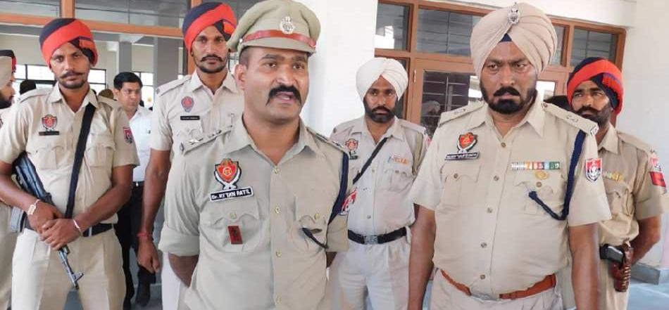 two accused run away from punjab police custody