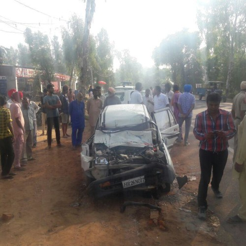 5 people killed in a road accident in Punjab