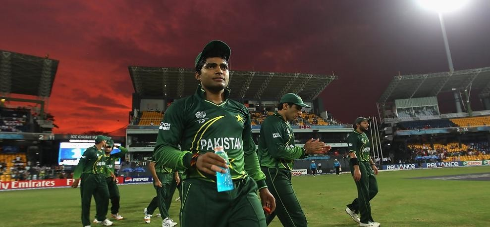 pcb banned to uamar akmal for three matches