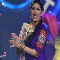 sapna chaudhary wrong step will benifit for hina khan in bigg boss house