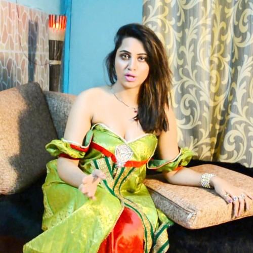 arshi khan mother revealed the truth about her daughter