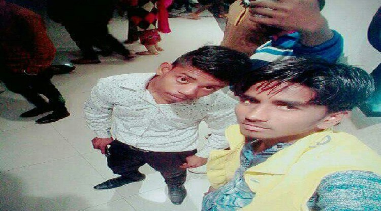Incident : two cousins die on the highway, kohram in family