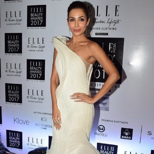 Malaika Arora red carpet Hot White dazzling look amazed everyone in Elle Beauty Award