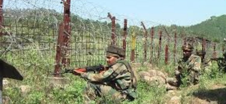 Pak army violates ceasefire in poonch sector at kashmir