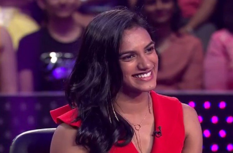 pv sindhu share bad experience of flight to mumbai on twitter