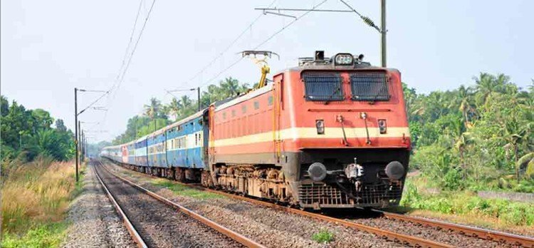 JOB FOR 12TH PASSED IN INDIAN RAILWAY 35000 SALARY