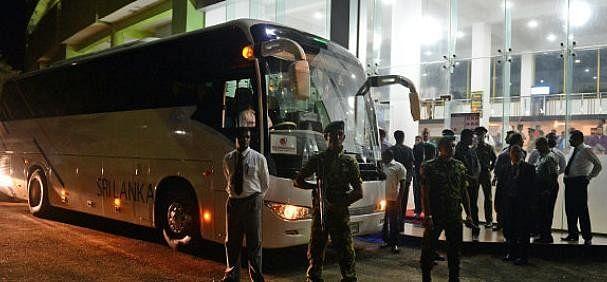 India-vs-australia-2nd-t20 Guwahati: Australian cricket team's bus hit by stone finch shared pic