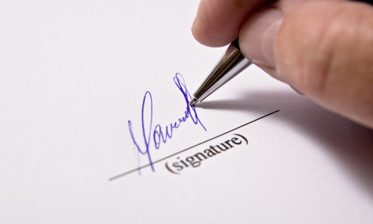 signature tells business partner merits and demerits