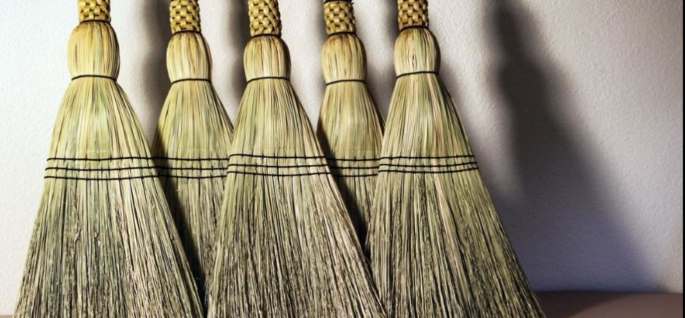 diwali 2017 Buy a broom on Diwali is auspicious and know about five facts