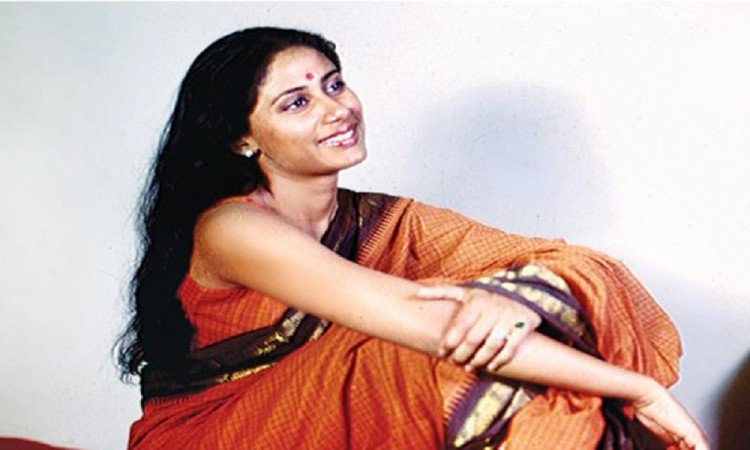 Image result for स्मिता पाटिल smiling