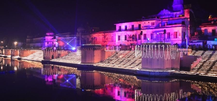 Grand celebration of diwali in ayodhya.