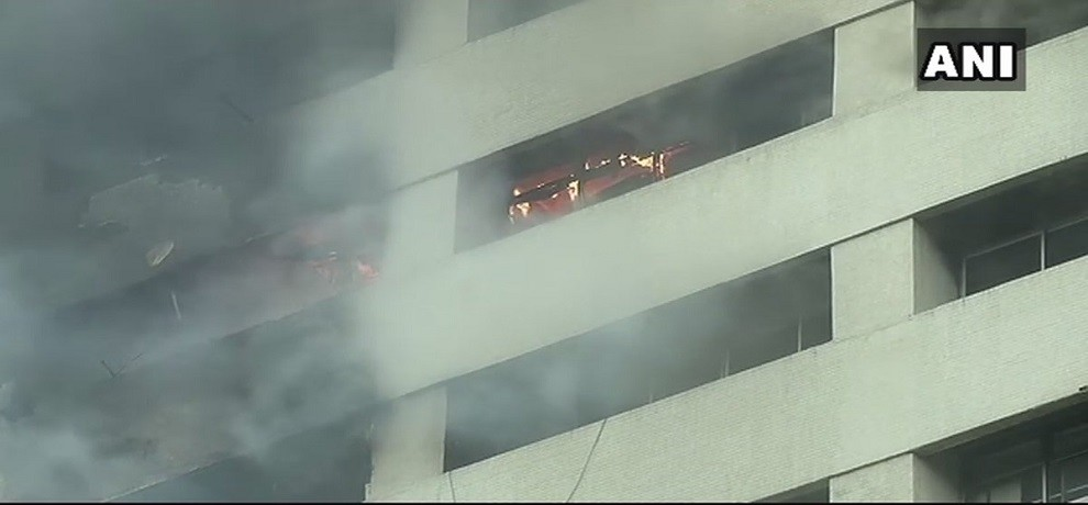 Kolkata: Fire at LIC building on Jawahar Lal Nehru road