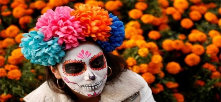 see in pictures, parade of day of the dead