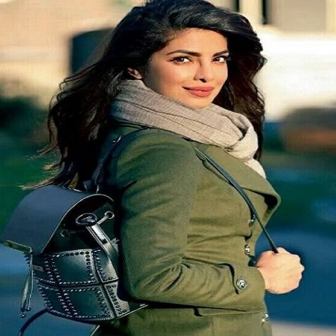 try different scarf looks of Bollywood actresses in this winter season