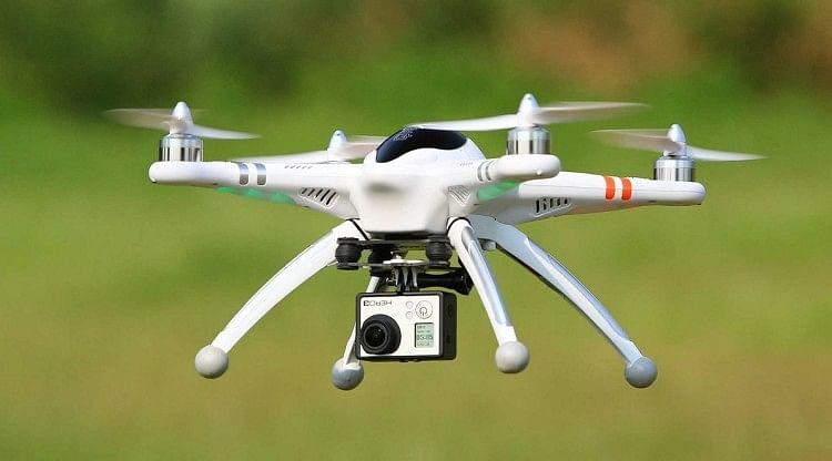 Drones To Be Legal In India Soon Govt Issues Draft Rules - अब आप भी कर  सकेंगे ड्रोन का इस्तेमाल, जल्द ही मिलने वाली है सरकारी मंजूरी - Amar Ujala  Hindi News Live