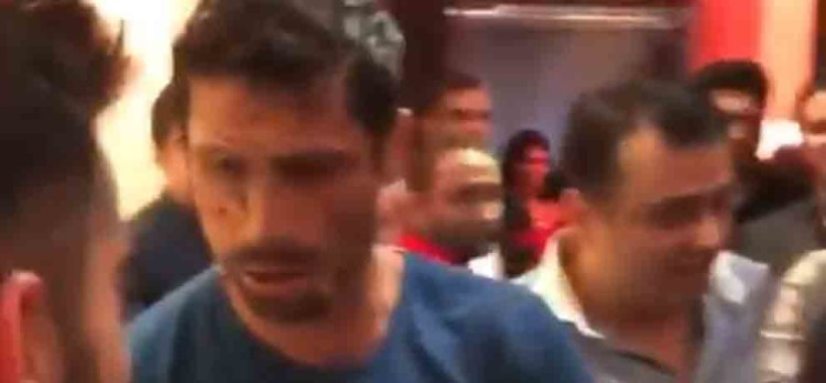 Ashish Nehras farewell party virat kohli and virender sehwag attend it