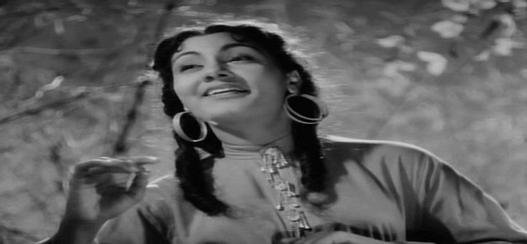actress nimmi share memorable moment of movie 'Love and God'