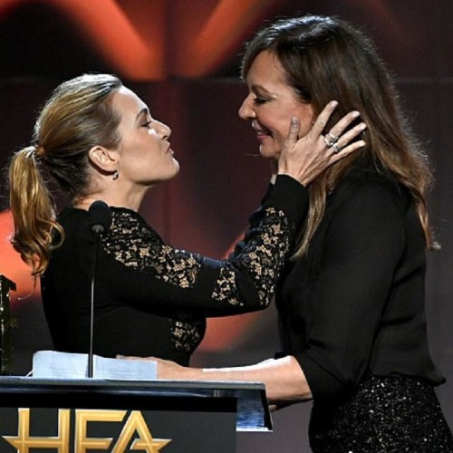 Kate Winslet and Allison Janney Kiss At Hollywood Film Awards 2017 Video Going Viral