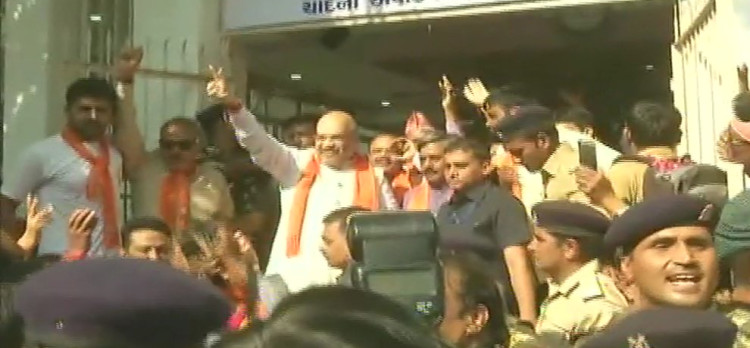 gujarat assembly elecitons BJP chief amit shah started maha-sampark abhiyan in state