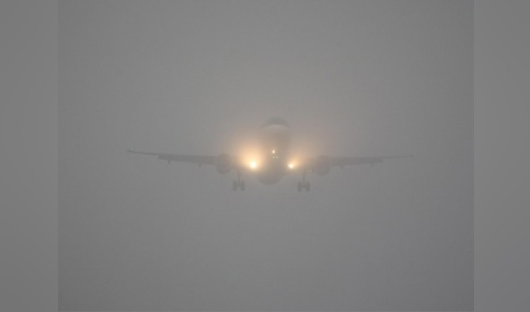 smog at igi airport creating problems for travelers