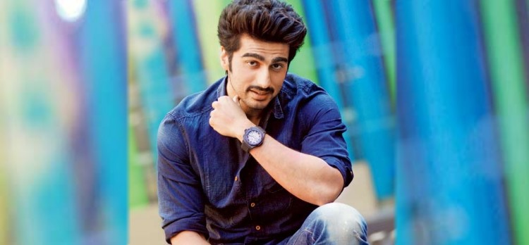arjun kapoor shares yamuna expressway accident video, worried about smog