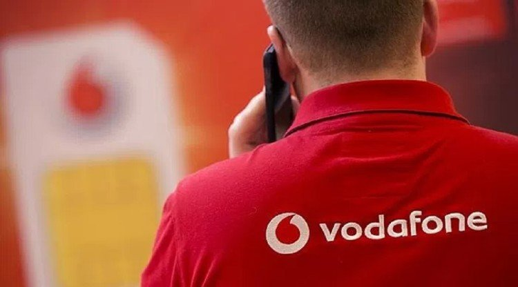Vodafone offers data roll over on select RED postpaid plans