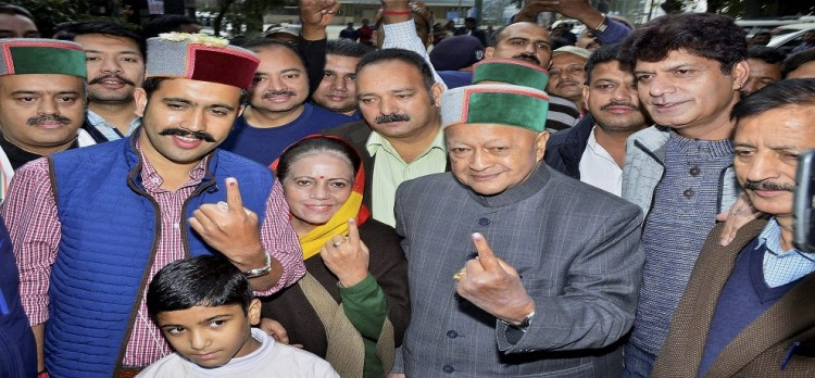 Veteran leaders cast their vote In Himachal Pradesh assembly elections