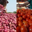 tomato and onion price goes down in Lucknow