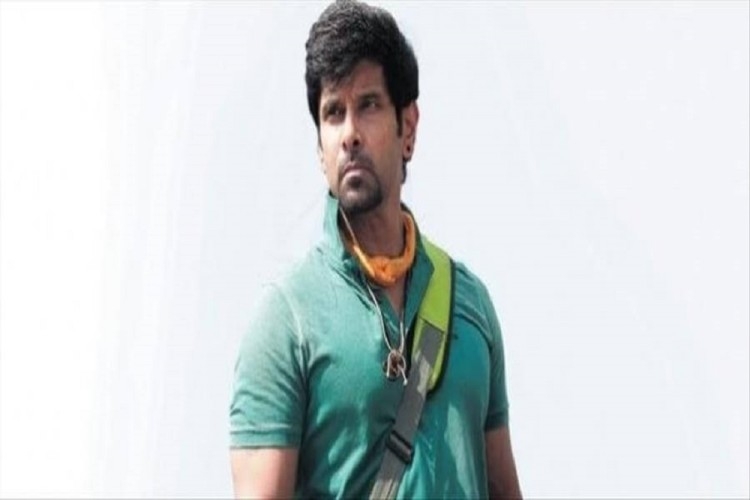 Dhruva's debu movie will name as CHIYAAN, which is her father's pet name