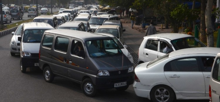 long queues of cars for getting cng stickers
