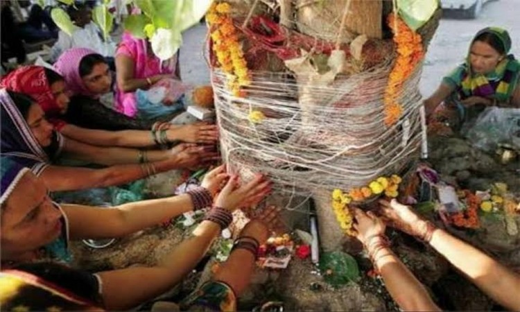 Why is the worship of Peepal tree on Saturday