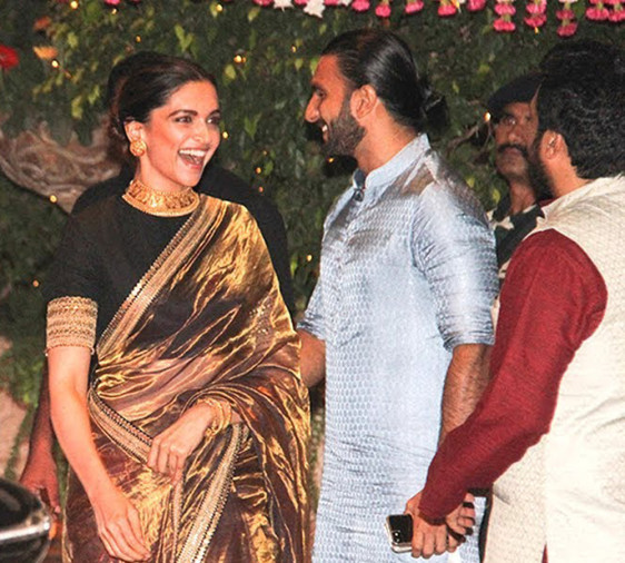 Deepika DINED With Ranveer PARENTS For A Special REASON