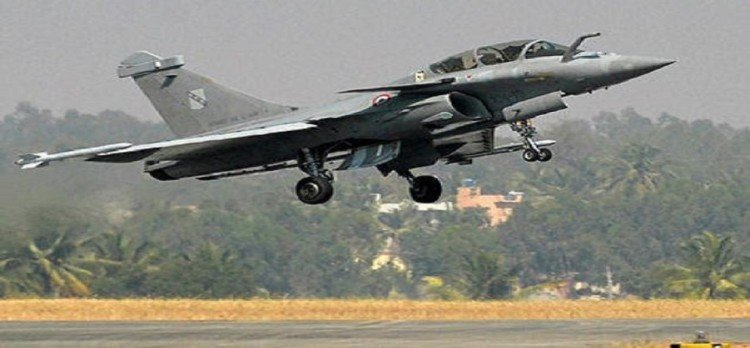 congress targets bjp about rafale fighter plane deal