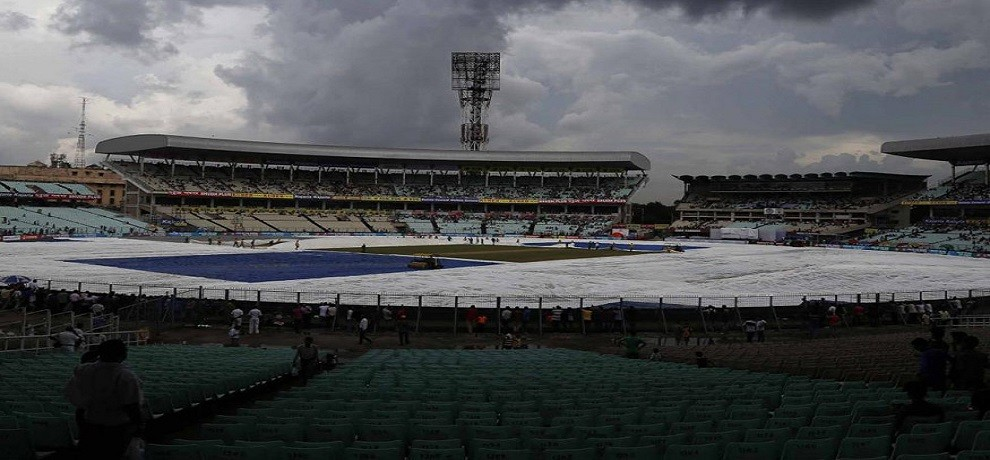 rainy wheather keep indoor india team in kolkata, practice session cancealed