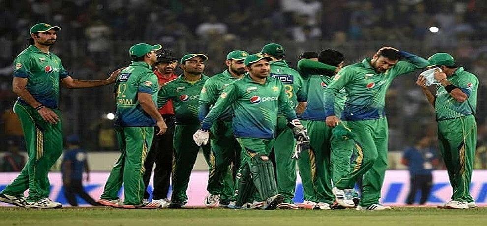 पाकिस्तान का यह ऑलराउंडर इंटरनेशनल मैचों में नहीं कर पाएगा गेंदबाजी