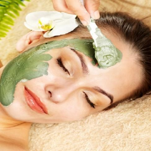 Make Coriander face mask within 5 minutes which instantly effect on pimples