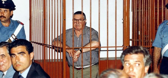 Toto Riina, Sicilian mafia's boss of bosses dies in jail aged 87 due to cancer