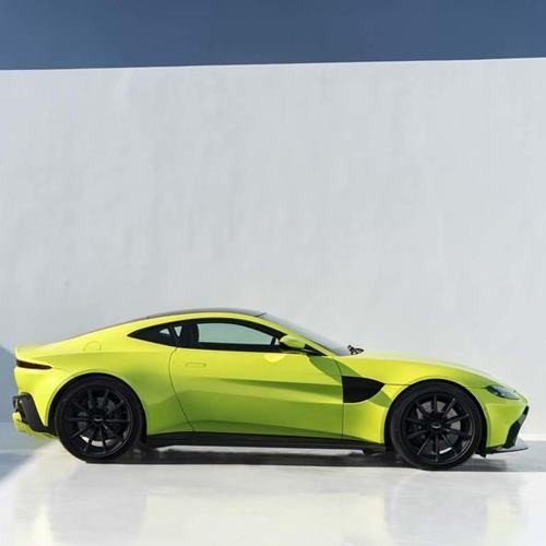 Aston Martin Revealed Vantage 2018 In James Bond Look